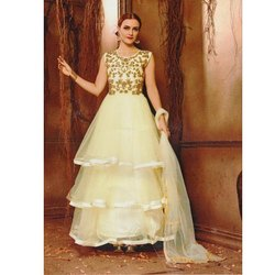 Ladies Cream Embroidered Sleeveless Party Wear Gown, Packaging Type: Box