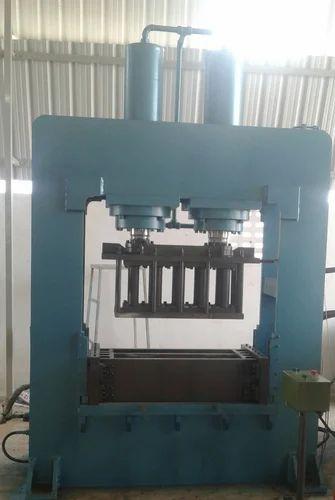 Creative Hydraulics Coir Pith Grow Bag Making Machine