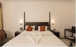 Royal Suite Room Service