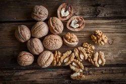 Walnuts Loose 25kg, Packaging Type: Sacks