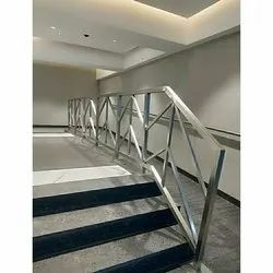 Floor SS Railings