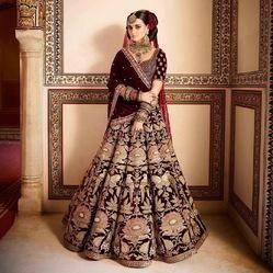 437bfedc81 Gold And Maroon Bridal Velvet Lehenga Choli, Rs 3849 /piece | ID ...