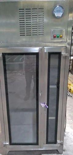 SS-304 Sterile Garment Storage Cabinet