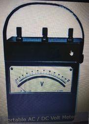 Portable AC / DC Volt Meter