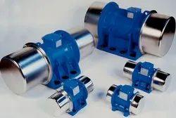 VENANZETTI-ITALY Three Phase & Single Unbalanced Vibratory Motors, Power: 0.017 to 18.3 kw, Capacity: 113 To 23600 Kg