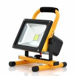 Cool White LED 20W Emergency Flood Light, Battery Type: Rechargeable, IP Rating: IP67