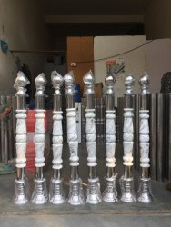Stainless Steel Wooden Rajwadi Pillars