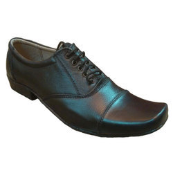 EX Leather Shoes, Packaging Type: Box