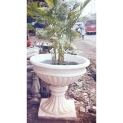 225 & Decorative Rcc Stand Flower Pot