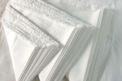 White Cotton Percale Weave Fabric for Hotel Bed Linens, GSM: 150-200 GSM