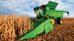 Corn Harvester Machine, Power: 160 HP