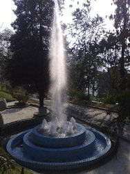Straight Jet Fountain With Geyser