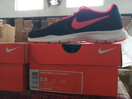 1c0ad06f08 Nike Red Women And Girls Sports Shoes, Size: 8 And 10, Rs 1899 /pair ...