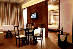 Suite Room Rental Services
