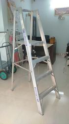 Heavy Duty Folding Ladder