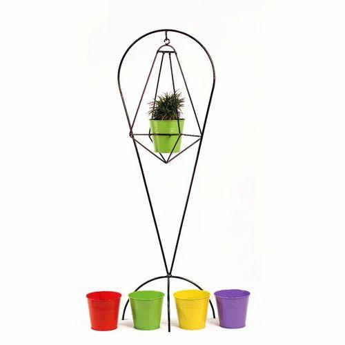 225 & Decorative Garden Pots Stand