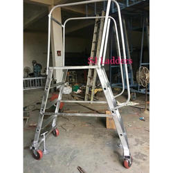 Wide Platform Step Ladder