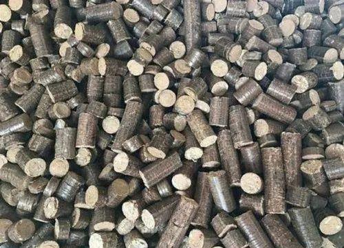 Corn Cob Briquettes & Biomass Briquettes by Shion Green Energy, Shirdi
