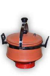 Earthen Clay Cooker (5 Liter )