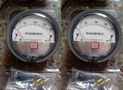 Sensocon USA Differential Pressure Gauge 0 To 200 Mm Wc