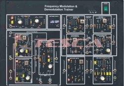 Frequency Modulation Demodulation Trainer