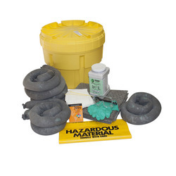8.8 Gallon Oil Spill Kit