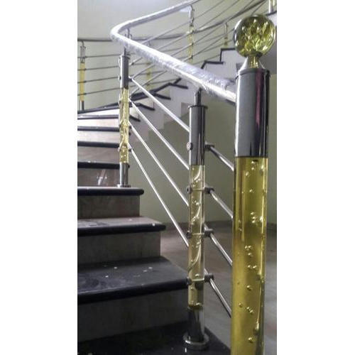 Acrelik With Steel Acrylic And Stainless Steel Acrylic Railing Pillar, Size: 52inch And 34 Inch