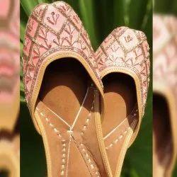 Pink Designer Jutti