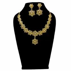 Party,Wedding Wear Traditional Golden Color Earring Necklace Set, 1 Gm Gold Plated, Size: 18 Inches