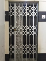Mild Steel Black Collabsible Gate, For Home