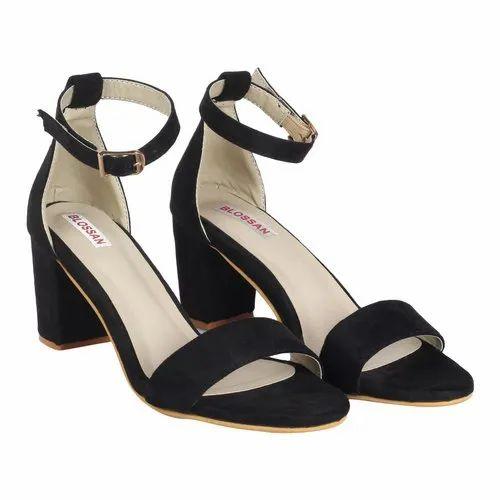 Ladies Black Block Heel Sandal at Rs