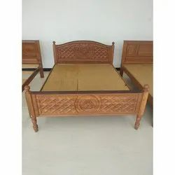 Teak Wood Modern Designer Wooden Bed, Size: 6. 5 X 5 Feet
