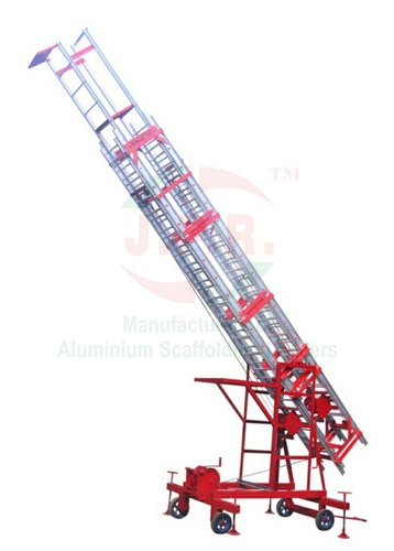 Various Degree Tower Extension Ladder Hire Wheels 4 Nos Rs 2000 Meter Id 21727677273
