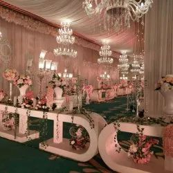 pathway/gellery for wedding decoration