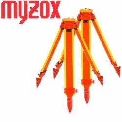 Myzox Heavy- Duty Wooden Tripod PMW-OL, Packaging Size: 136X10X10, Packaging Type: Carton Box