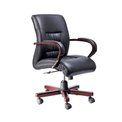 SF-210 Manager Chair