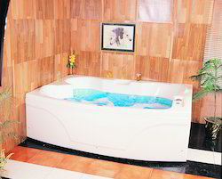 Temptation Jacuzzi Bathtub - 6' x 4.75' - White