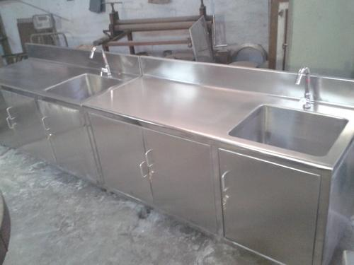 TGPE Stainless Steel Table with Sink, Size: Standard