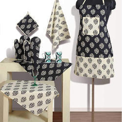 Swayam Grillz Cotton 8 Piece Kitchen Set - Cream And Black (KSN08-3202)