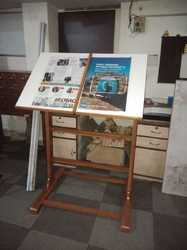 Newspaper Reading Stand (WDS-1558)