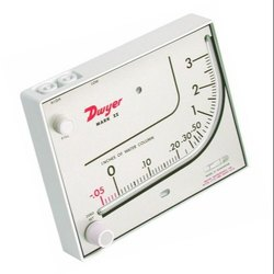 Mark II Model 41-2-AV Dwyer Manometer 0-2.5 inch W.C
