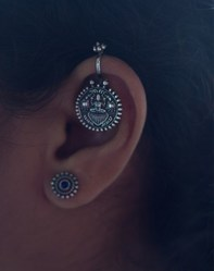 Silver Oxidize Tample Earring Bugadi
