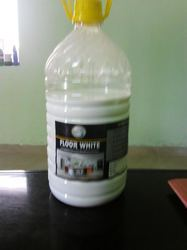 White Supersol floor cleaner, Packaging Type: Bottle, Size: Standard