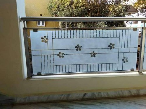 Deck Silver SS Glass Balcony Railing, For Home, Material ...