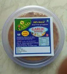 100% Hand Mead Garlic Bhakhri, 200 Gm, Packaging Type: Packet