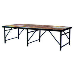 3 Legs Banquet Tables