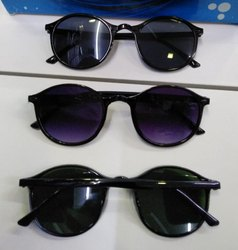 Black Regular Round sunglasses
