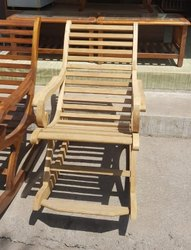 Teak elements Modern Wooden Rocking Chair, No Of Legs: 4