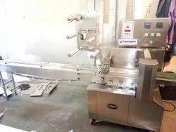Center Sealing Wrapping Machine, Pouch Capacity: 1 peace