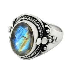 Dainty Daisy 925 Sterling Silver Rainbow Moonstone Ring